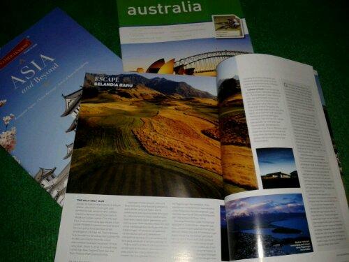 Hasil jarahan dari pameran travel, brosur-brosur perjalanan