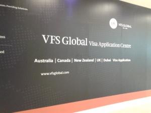 VFS Glogal, tempat buat apply visa transit Oz dan visa turis NZ nanti. Difoto waktu lagi jalan-jalan ke kuningan city.