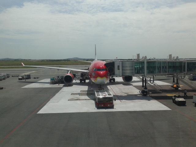 Pesawat yang akan membawaku ke Melbourne