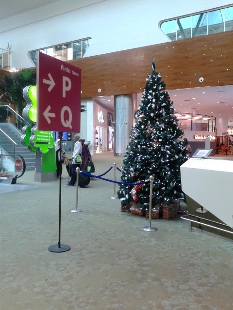 Suasana natal di KLIA