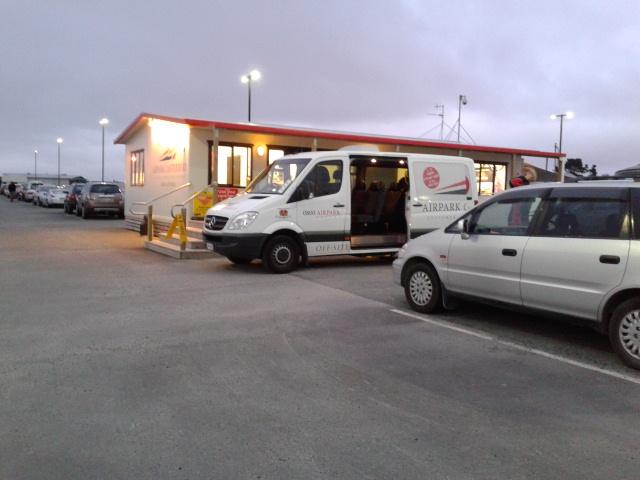 Mobil yang akan membawa kami kembali ke bandara Christchurch