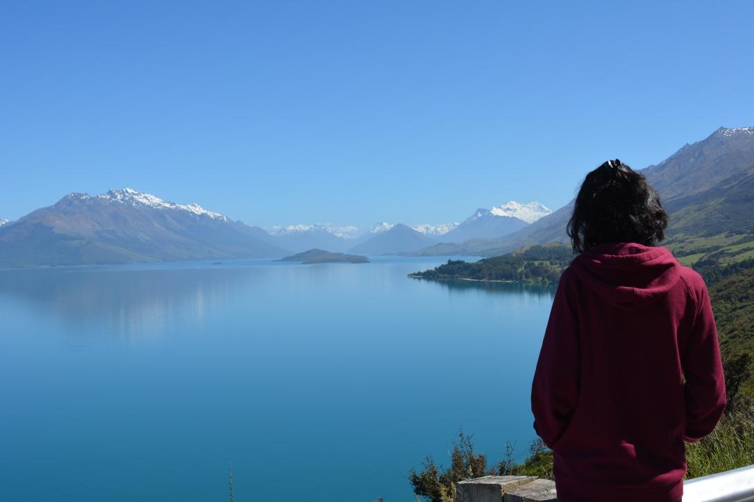 Menikmati keindahan lake Wakatipu, bukan lagi ngegalau yakk