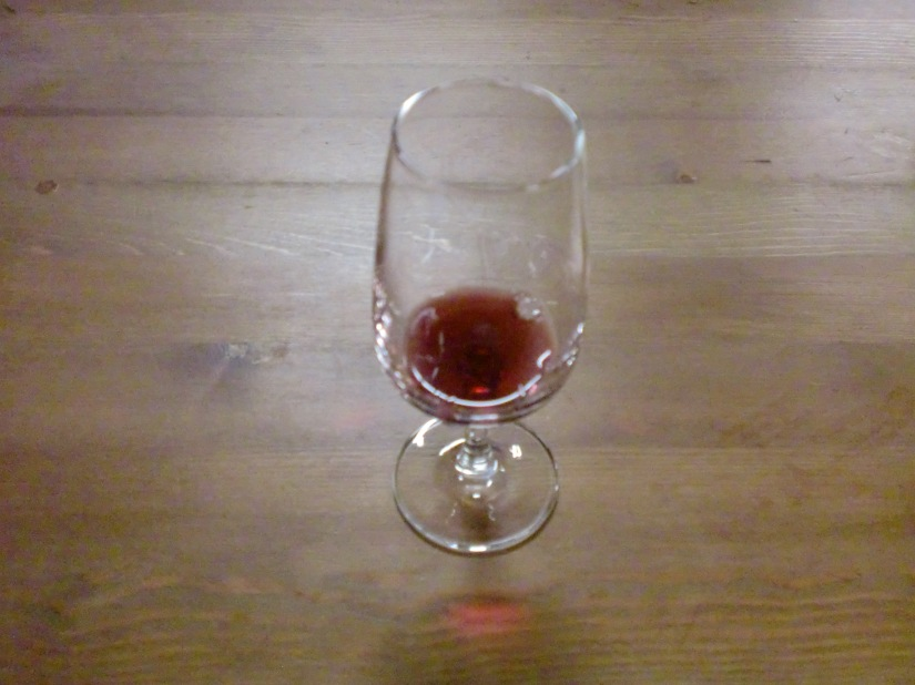 Red wine (jenis apa saya nggak tau)